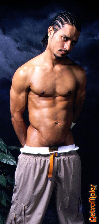 Latino Papi muscular