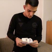 Turkish twink counting money