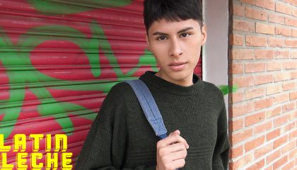 LatinLeche NUMERO 41 - 18 years old Latin twink streetsex